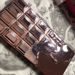Makeup Revolution Makeup - Makeup Revolution Rose Gold Chocolate Palette